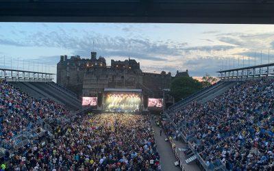 THE PROCLAIMERS LIVE AT EDINBURGH CASTLE – Sunshine on Leith fan request